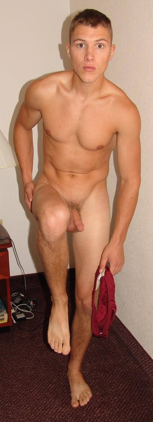 travis oliver nude video clip